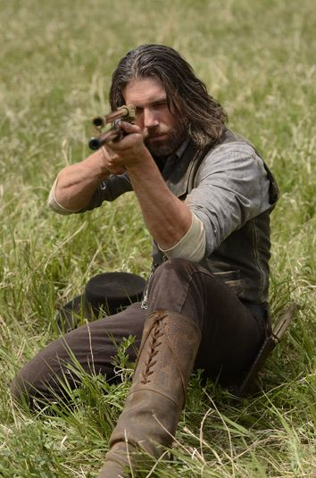 Anson Mount as Cullen Bohannon on Hell On Wheels - I love those boots...Men should wear boots like this