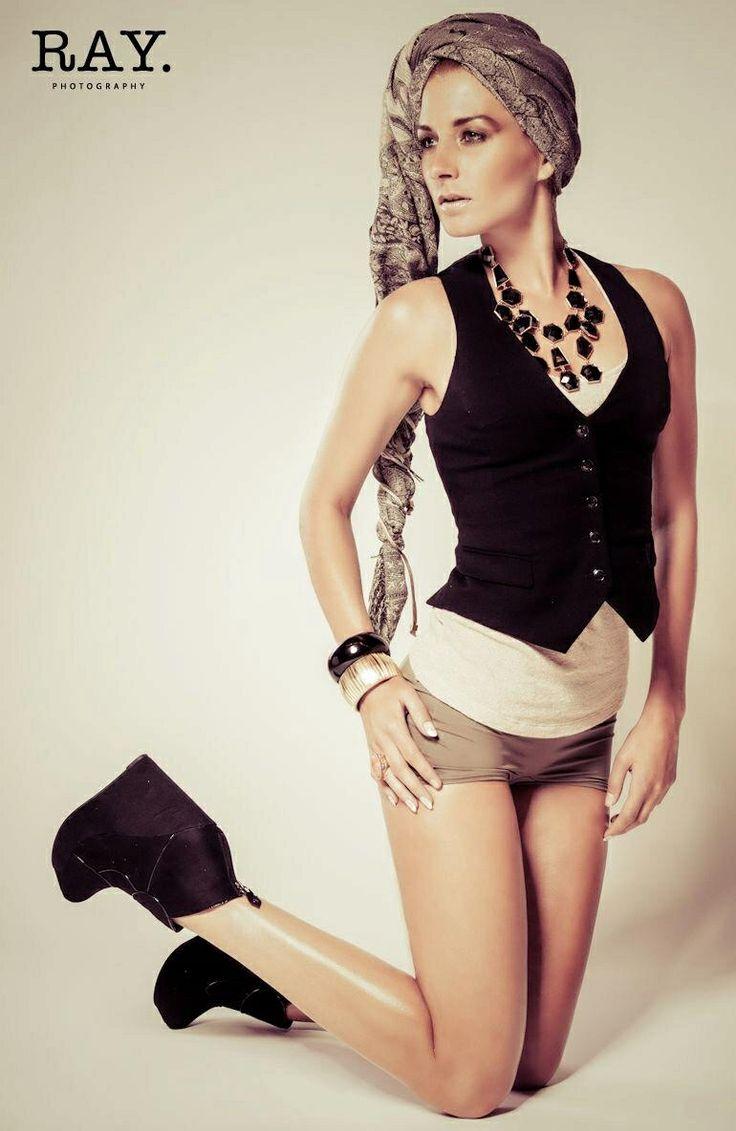 Khaki chic photoshoot