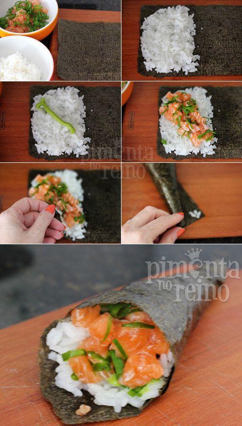 Temaki de salmão.   19 receitas para fazer um rodízio de japa na sua casa