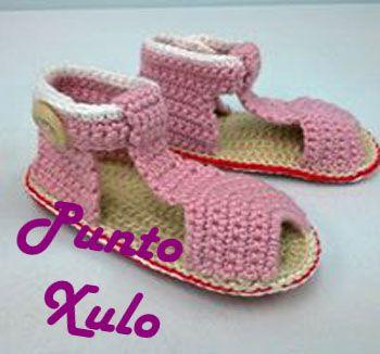 Sandalias bebé en rosa palo, rojo y blanco. Colores personalizables