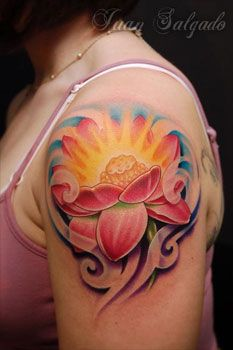 Juan Salgado - Lotus Tattoo