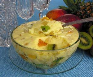 Mousse salada de frutas                                                                                                                                                      Mais
