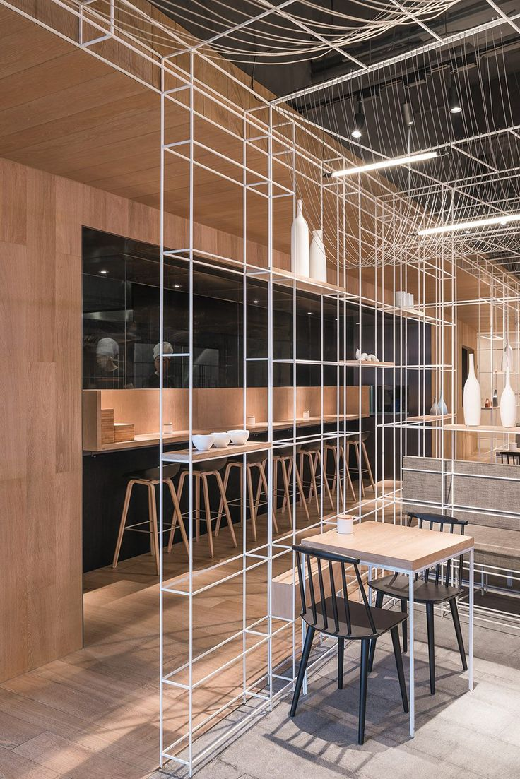 Longxiaobao Noodle Diner, Shanghai, by LUKSTUDIO - 谷德设计网