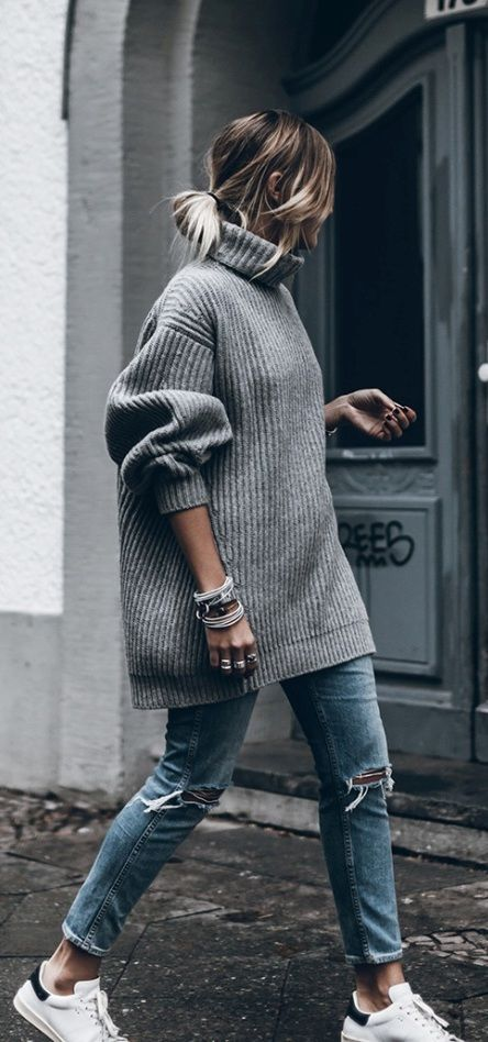 Cozy oversize sweater fall style:
