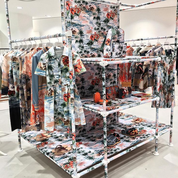 """DOVER STREET MARKET GINZA, Tokyo,Japan, """"Hawaiian Couture"""", by Valentino, pinned by Ton van der Veer"""
