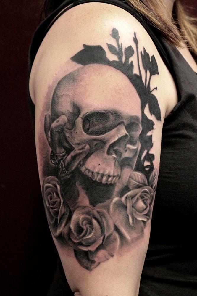 shoulder skull rose tattoo - 666×1000