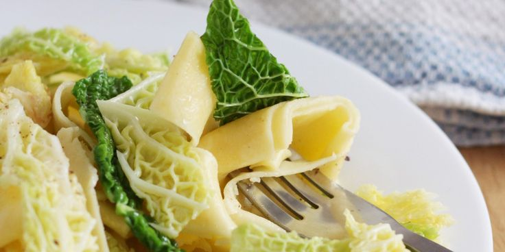 Halusky (garlic butter noodles with cabbage) via greatbritishchefs.com
