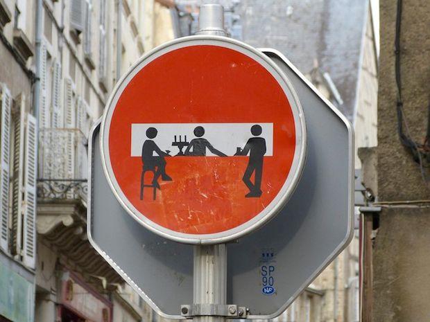 #ArteUrbano: señales de tránsito intervenidas por Clet Abraham