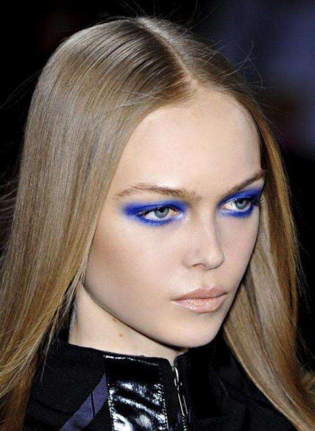 Preferenza Oltre 25 fantastiche idee su Trucco per abito blu su Pinterest  EA24