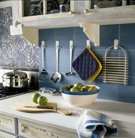 Hang frequently used untensils and other kitchen items up for 3m kitchen ideas