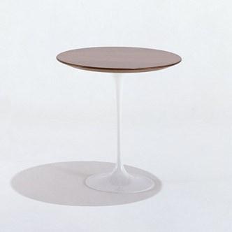 Saarinen Oval Side Table, by Eero Saarinen, 1956