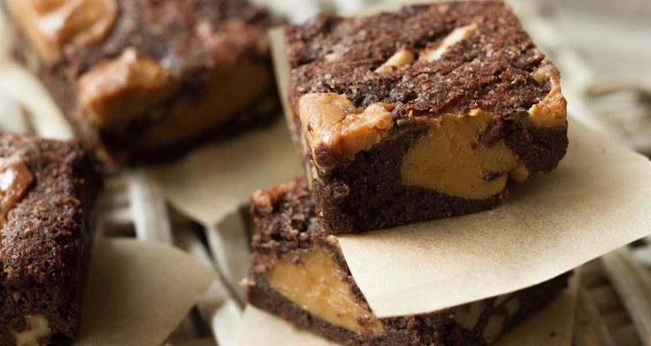 Brownies με καραμέλα