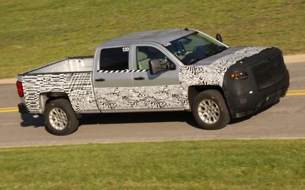 2014 Chevy Silverado Spy Shot