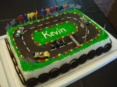 Cake Decorating Car Race Track : Matchbox Car Birthday Cake FOOD - Boys  Birthday Cakes ...