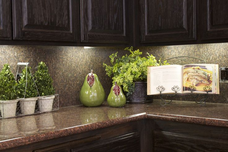 3 kitchen decorating ideas for the real home cabinets for Bathroom counter decor