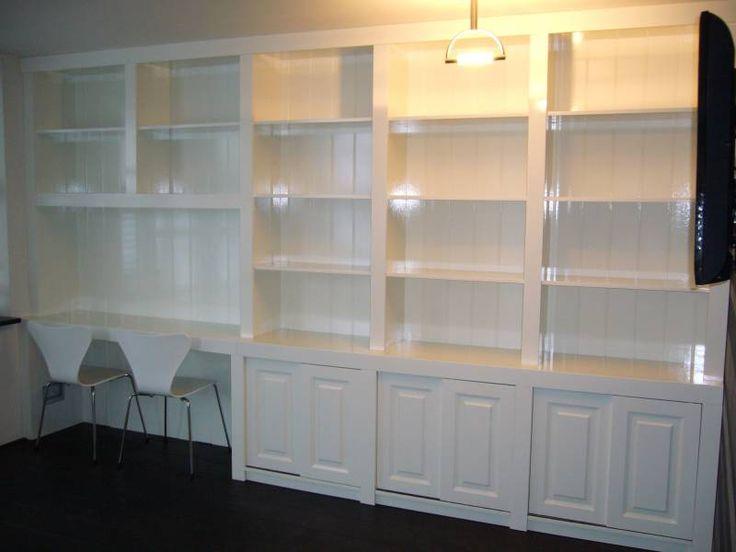 Wandkast met bureau