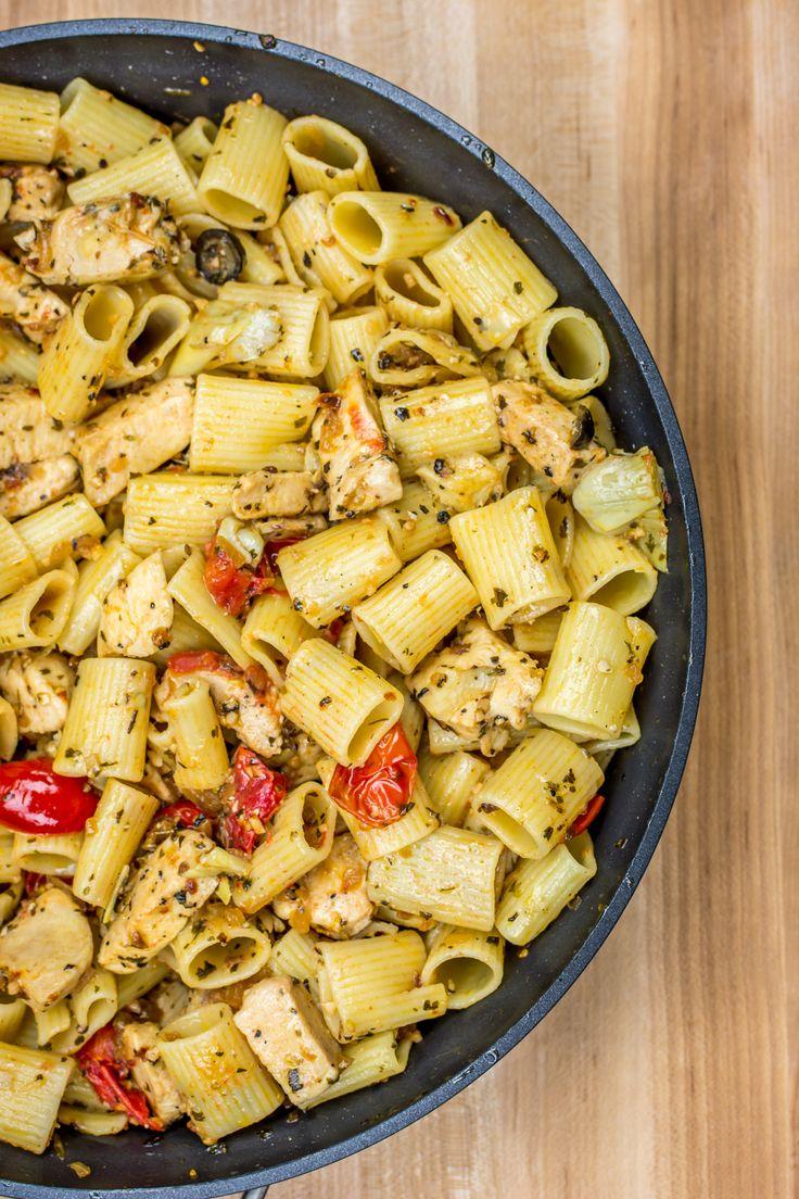 Pesto Chicken Rigatoni -- Grab some Tastefully Simple Pesto Mix and enjoy an Italian favorite!