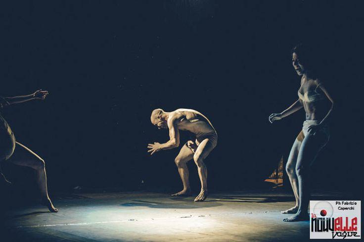 Que solo quiero despertarte al Roma Fringe Festival 2015 Regia e coreografia: Emilia Guarino danzatori: Federica Aloisio, Roberto Galbo, Federica Marullo, Sabrina Vicari