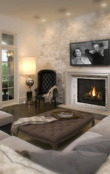 Cozy living room with a slight formal touch