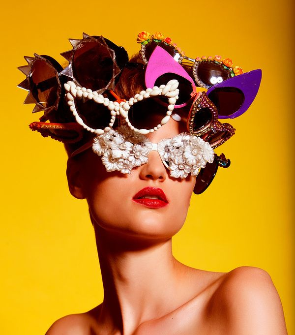 30 Vibrant and Dramatic Fashion Photography examples by Tomaas