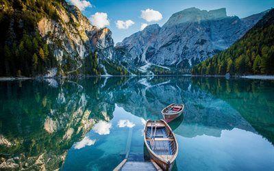 Scarica sfondi Italia, Bryes Lago, le Alpi, le barche, il molo, il blu del lago, montagna, estate