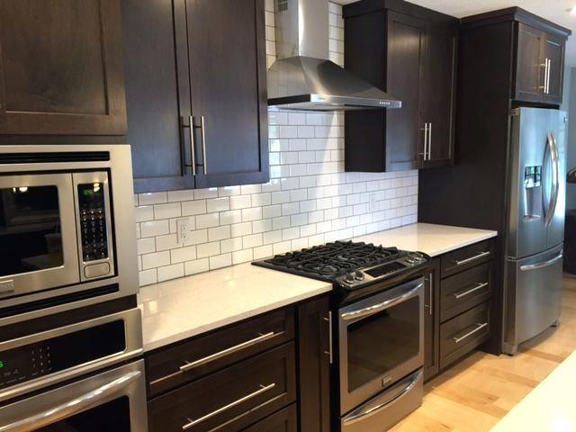 Image Result For Black Cabinets With White Subway Til Tile Backsplash Kitchen Dark Cabinets Backsplash With Dark Cabinets White Subway Tiles Kitchen Backsplash