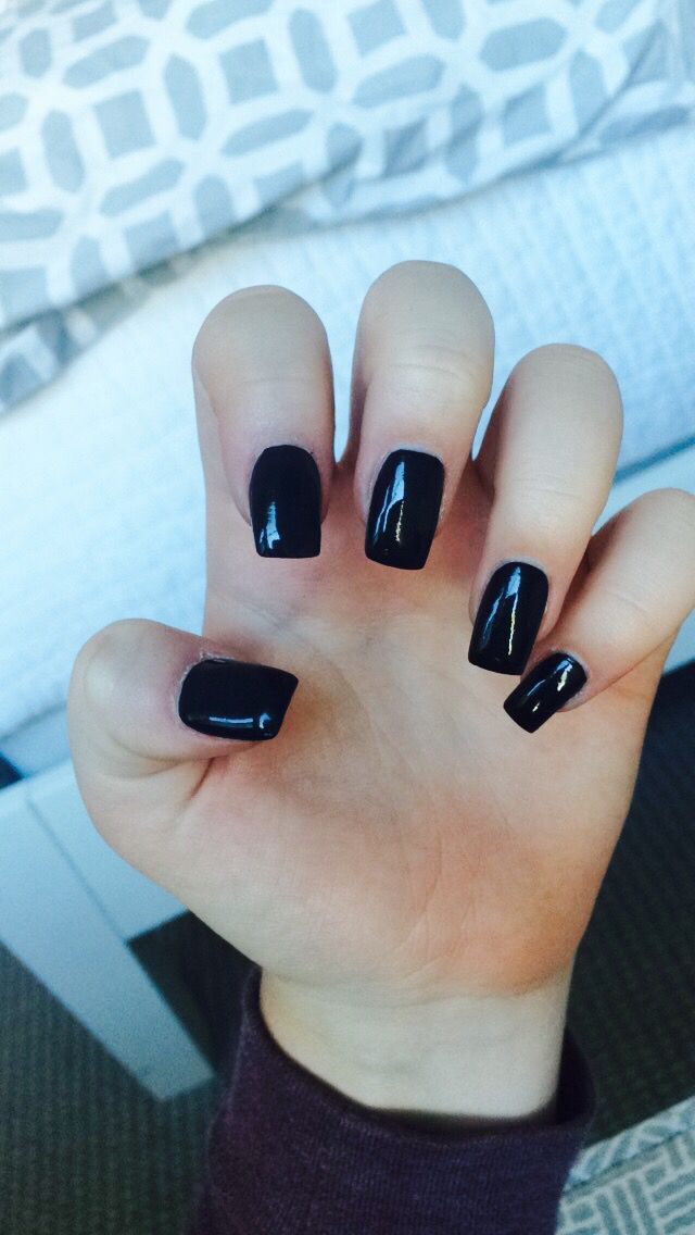 black square acrylic nails