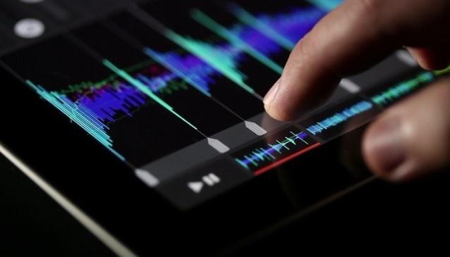 Cuatro buenas aplicaciones para crear música con el iPad - http://cerebrodigital.org/2013/03/cuatro-buenas-aplicaciones-para-crear-musica-con-el-ipad/ :  Sin duda, uno de los usos que más me siguen sorprendiendo del iPad es el relacionado con el mundo de la música. En la App Store hay aplicaciones realmente interesantes que nos permiten muchísimas opciones. Aplicaciones que nos permiten grabar diferentes pistas, editarlas pero sobre todo...