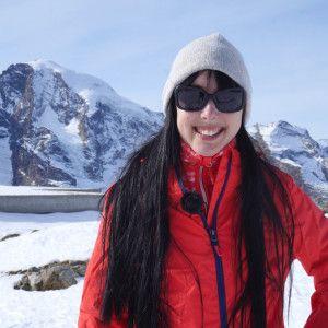 Skifahren mit Tchibo auf der Piste in St. Moritz Zum Video: http://www.fashionpaper.ch/story/skifahren-mit-tchibo-auf-der-piste-in-st-moritz/  #stmoritz #tchibo #tchiboschweiz #schweiz #skifahren #skipiste #berge #piste #skijacke #diavolezza #gewinnspiel #verlosung #wettbewerb #video