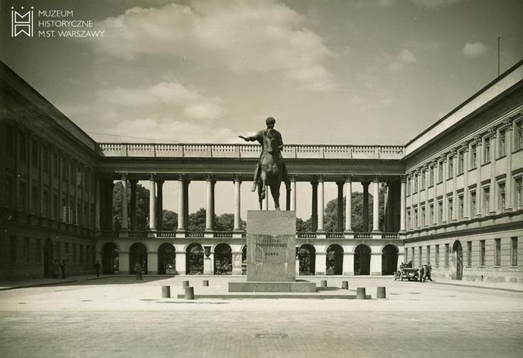 Pałac Saski, pomnik ks. Józefa Poniatowskiego, 1935, fot. Henryk Poddębski.