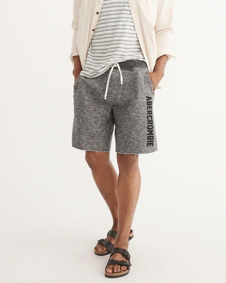 A&F Men's Logo Fleece Shorts in Dark Grey - Size XL