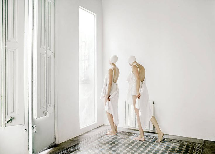 Conceptual Women Portraits by Anja Niemi – Fubiz Media