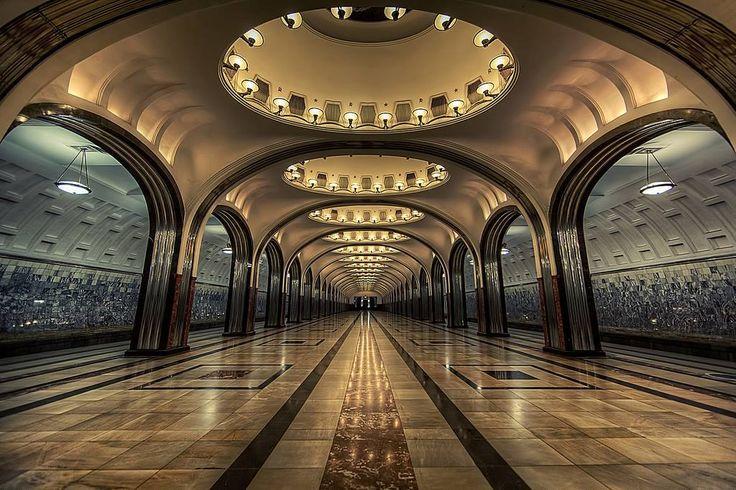 In St Majakovskaaja, Moscow