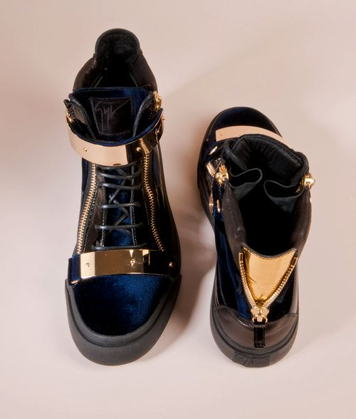 G.Z. I WANT THESE PLEASE. so sick
