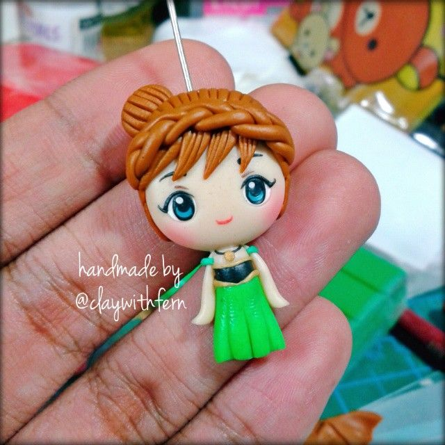 Frozen's Anna by Clay with Fern