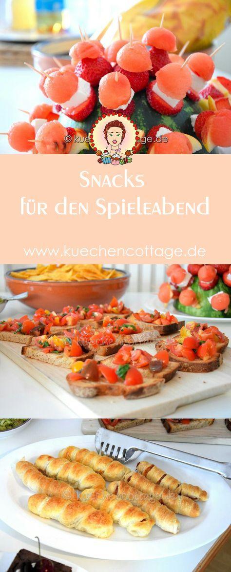 Snacks für den Spieleabend | Küchencottage http://kuechencottage.de/snacks-fuer-den-spieleabend/ Letzte Woche haben Olli und ich einen kleinen Spieleabend mit meinen Schwestern und Freunden veranstaltet. Es war ein wirklich witziger Abend. Jeder hat ein... #snacks #spieleabend #party #geburtstag #rezept #ideen #food #fernsehabend #filmeabend #freunde #spieße #nachos #bruchetta