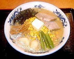 【らーめん青竜】 アルカリイオン水でじっくり煮込んだスープは、とてもまろやかでからだにやさしいスープです。北国ならではのじゃがいも・バターコーン・アスパラが入ったコクのある札幌みそらーめんは評判!! http://www.scci-net.com/shops/details/?id=22