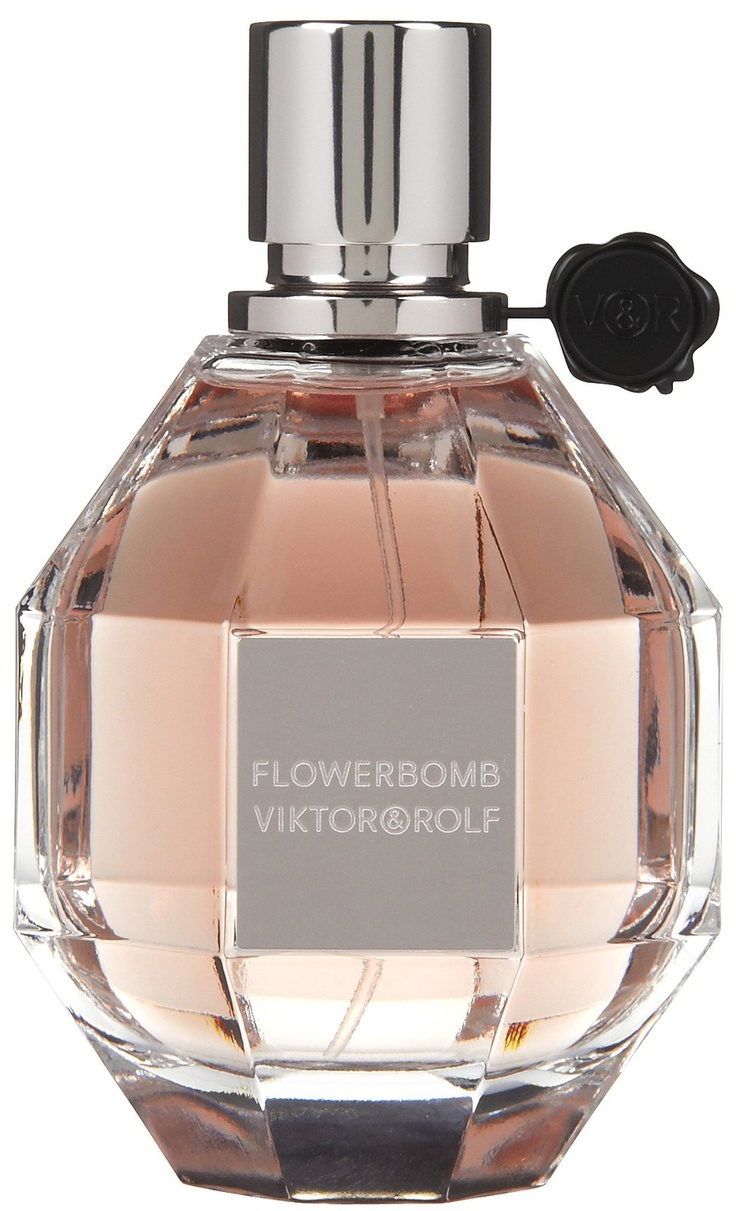 FlowerBomb perfume My all time favorite !!