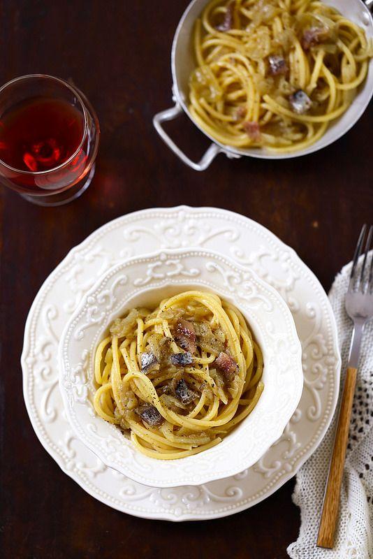 Pâtes à la vénitienne (bigoli in salsa), une recette italienne très simple (…