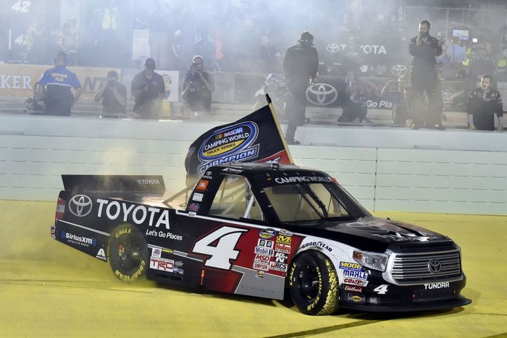 Driving for Kyle Busch Motorsports, Erik Jones becomes youngest NASCAR truck Series Champion https://racingnews.co/2015/11/20/erik-jones-youngest-nascar-truck-series-champion/ #erikjones