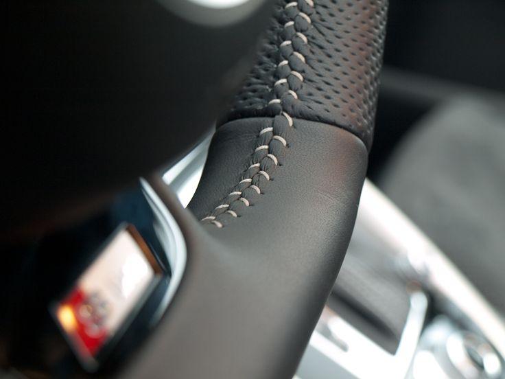 Some nice stitches form Audi Q5 #audi #stitches #detail more: http://premiummoto.pl/12/26/audi-q5-na-bornholmie-nasza-sesja