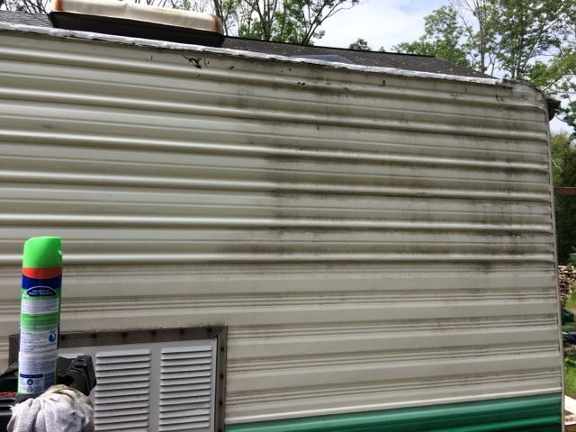 Easy Exterior Camper Cleaning Get The Old Mold And Grime