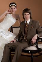 Бронзовый костюм жениха фото