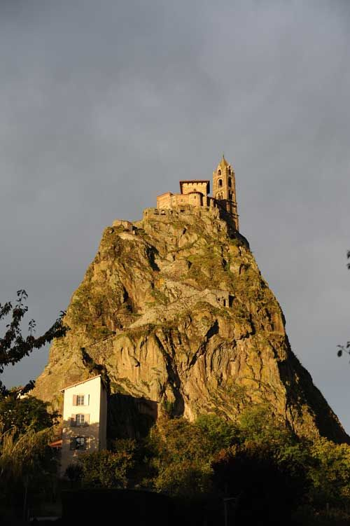 Saint Michel Aiguilhe - Small town of Aiguilhe nestles around the foot of Saint Michael rock. It proudly protects the entry to the village with alleyways.