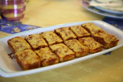 Bocconcini di frittata con cavolfiore e salsiccia