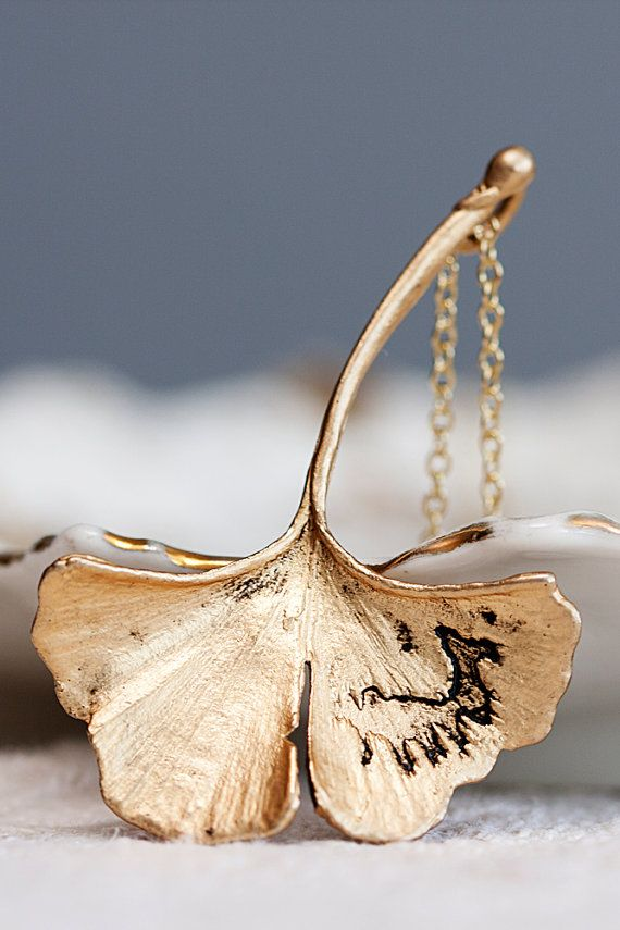 Hey, I found this really awesome Etsy listing at https://www.etsy.com/listing/78083500/ginkgo-leaf-necklace-fall-accessories