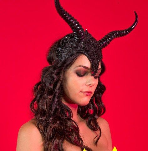 IlluminatiWatcherDotCom Adrianne Curry Baphomet image