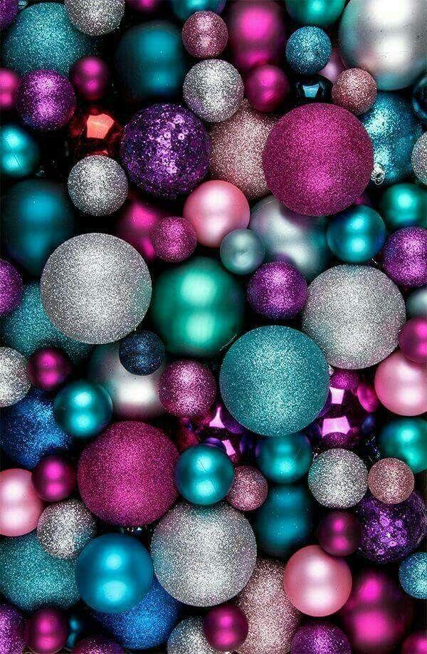 Fond Pour Mobile De Noël Avec Boules Vertes Blanches