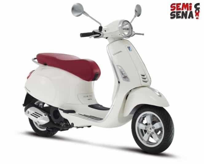 Piaggio Vespa Harga Harga Vespa Terbaru Agustus 2019 Semisena Com Harga Piaggio Vespa Sprint Tasikmalaya 2019 Vespa Motor Klasik Italia