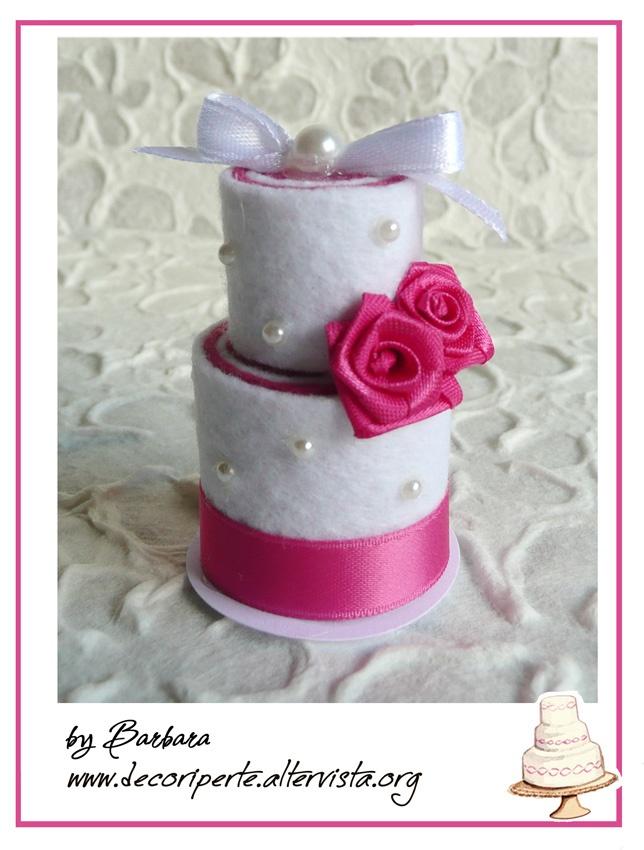 White and fuxia FELT mini wedding cake